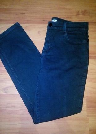 Чёрные джинсы стретч