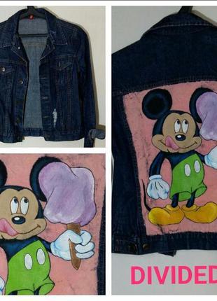 Уникальная стильная джинсовая куртка с  ручной росписью от divided.