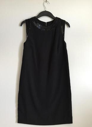 Элегантное маленькое чёрное платье-футляр от mango