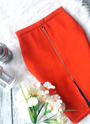 Юбка с разрезом на молнии оранжевая до колен размер s в стиле zara