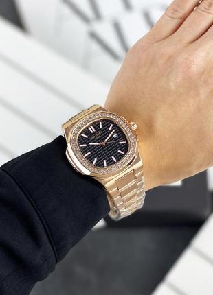 Женские часы в камнях премиум класса