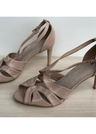 Босоножки, босоніжки, туфлі, сандали, туфли