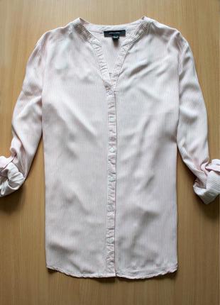 Классная рубашка в вертикальную полоску