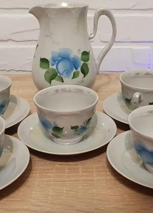 Кофейный сервиз чашки и молочник
