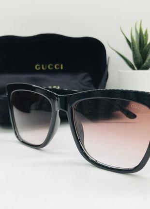 Женские солнцезащитные очки gucci  4137
