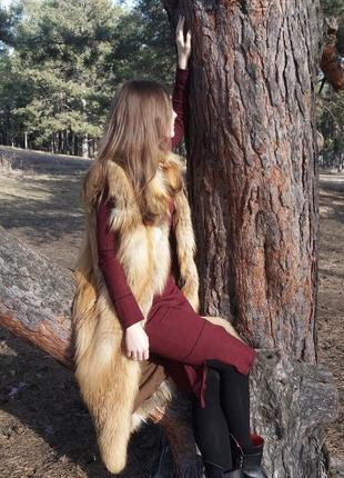 Меховая жилетка. натуральная лиса.