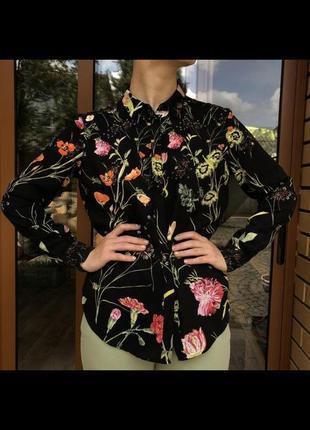 Блуза, рубашка цветочный принт с разрезом на спинке