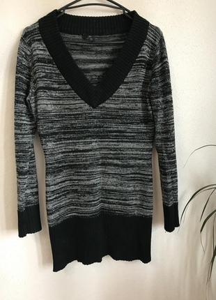 Подовжений светр