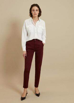Плотные женские штаны чинос