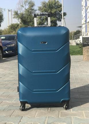 Уценка! чемодан на колесах из поликарбоната большой голубой