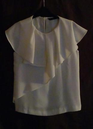 Блуза с деталями