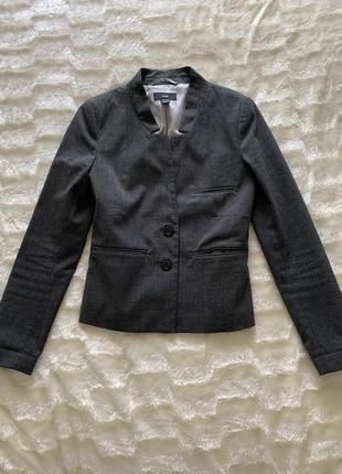 Сірий піджак h&m