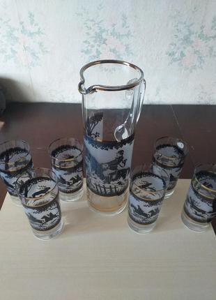 Кувшин и 6 стаканов