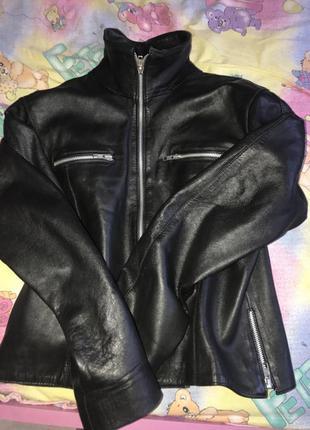 Шкіряна курточка, для справжніх модниць)))👑💃👸