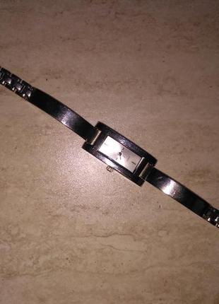 Часы металические