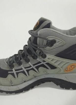 Треккинговые ботинки merrell