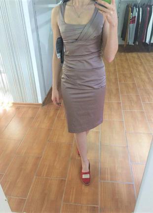 Шикарна сукня від vera mont