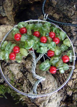Кулон ожерелье амулет дерево жизни с перидотом хризолитом. цвет серебро