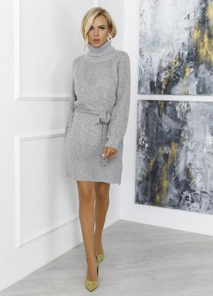 Модное платье-гольф из пряжи-травки разные цвета