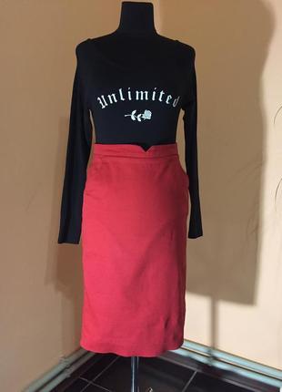 Красная юбка-карандаш oogji