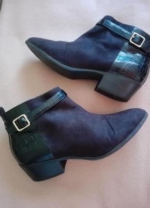38 24см dorothy perkins стильные короткие ботиночки ботильоны на низком ходу