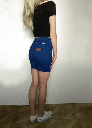 Тренд 2017 прямая джинсовая юбка на высокой посадке wrangler