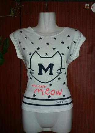 Клссная футболочка с котом и надписями р-р xs 93% хлопок