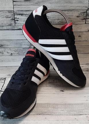 Женские кроссовки adidas2 фото