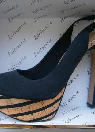 Туфли bershka пролет с размером 39-40