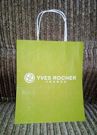 Бумажный пакет зеленый/ ив роше/yves rocher