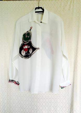 Блуза с гербом и каретой