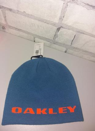Акрилова шапка