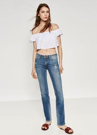 Синие джинсы с прорехами zara