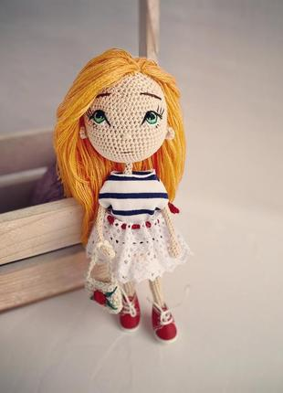 Лялька в'язана крючком
