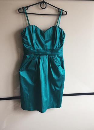 Очень красивое коктейльное платье ярко бирюзово-зеленого цвета, размер  наш 42-44