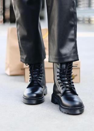 Шикарные женские зимние ботинки dr. martens 1460 total black fur4 фото