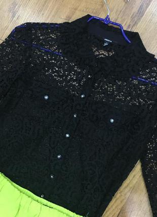 Черная гипюровая блузка