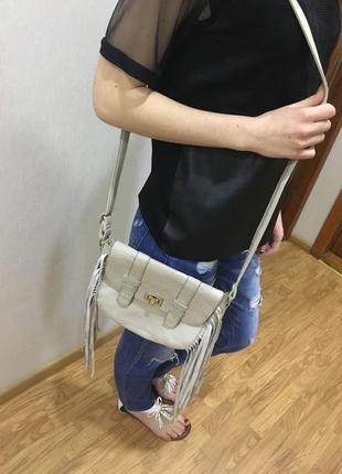 Полная распродажа!!! стильная сумка с актуальной бохромой