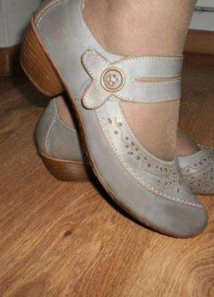 Классные туфли rieker 40 размер