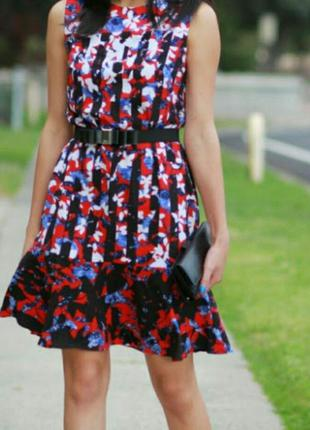 Классное платье peter pilotto оригинал