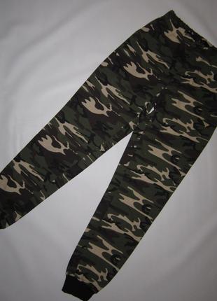 Новые хлопковые брюки джоггеры в стиле милитари