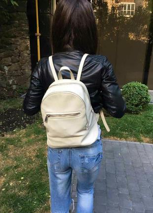 Женский рюкзак от mango