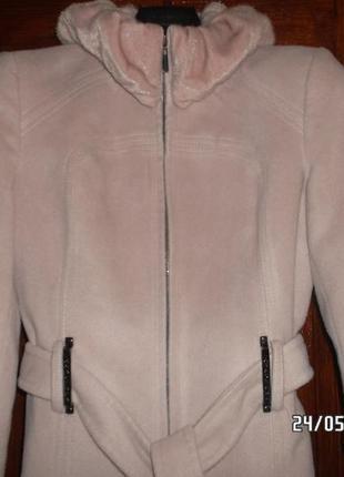 Фирменное полу пальто lsgrd.