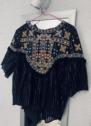 Крутая блуза-вышиванка zara