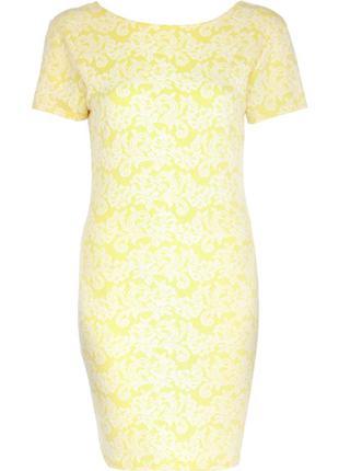 Платье-футляр из текстурной ткани