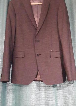 Классный стильный пиджак zara man.