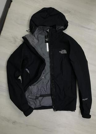 Куртка ветровка tnf