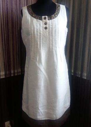 Очень красивое белое льняное платье affinites