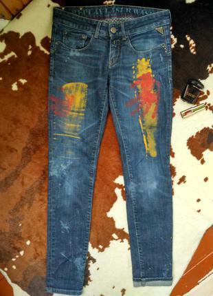 Круті джинси replay