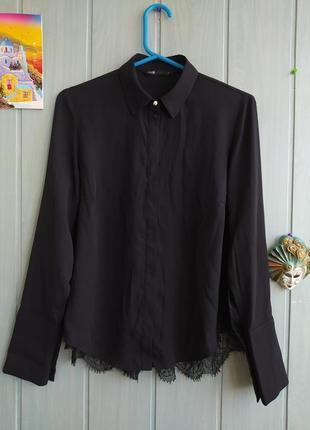 Черная блузка с красивой спинкой с кружевом